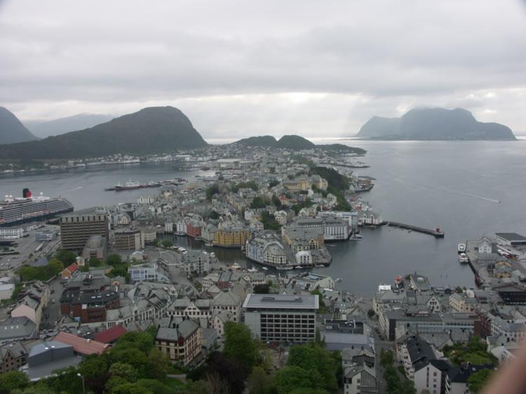 Utsikt över Ålesund
